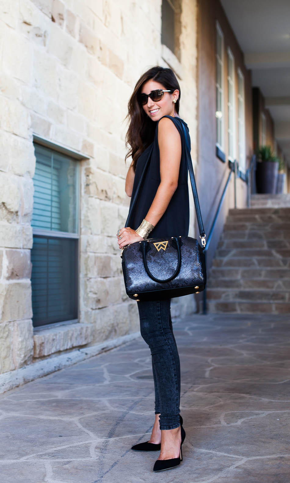 Edgy and Chic, love this look!