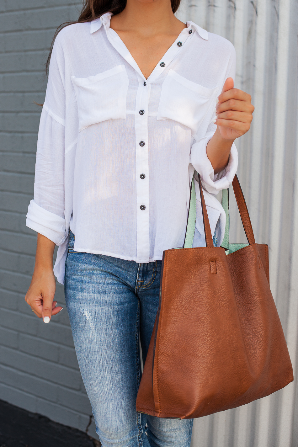 casual chic details