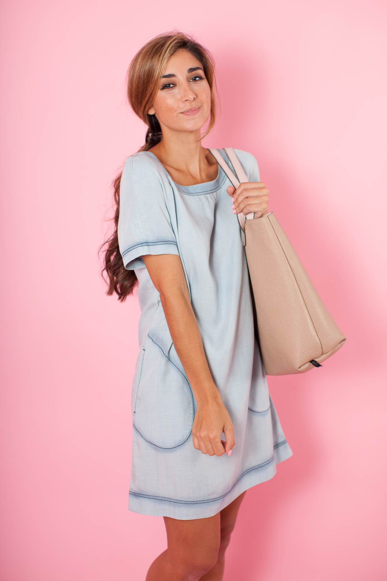 d54072c3a79 Fashion Blogger The Darling Detail is wearing the Tart Kathy Chambray Dress  from Nordstrom Rack