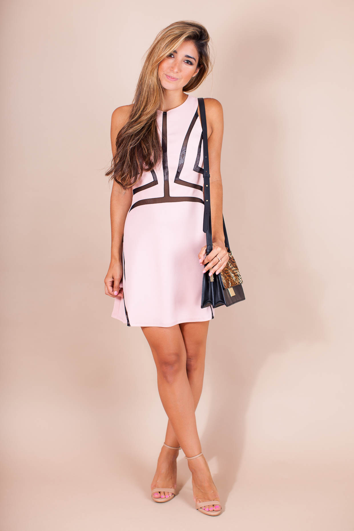 Fashion Blogger The Darling Detail is wearing a Topshop Contrast Sleeveless A-Line Dress with Steve Madden 'Stecy' Sandals and a Vince Camuto 'Abril' Leather Shoulder Bag.