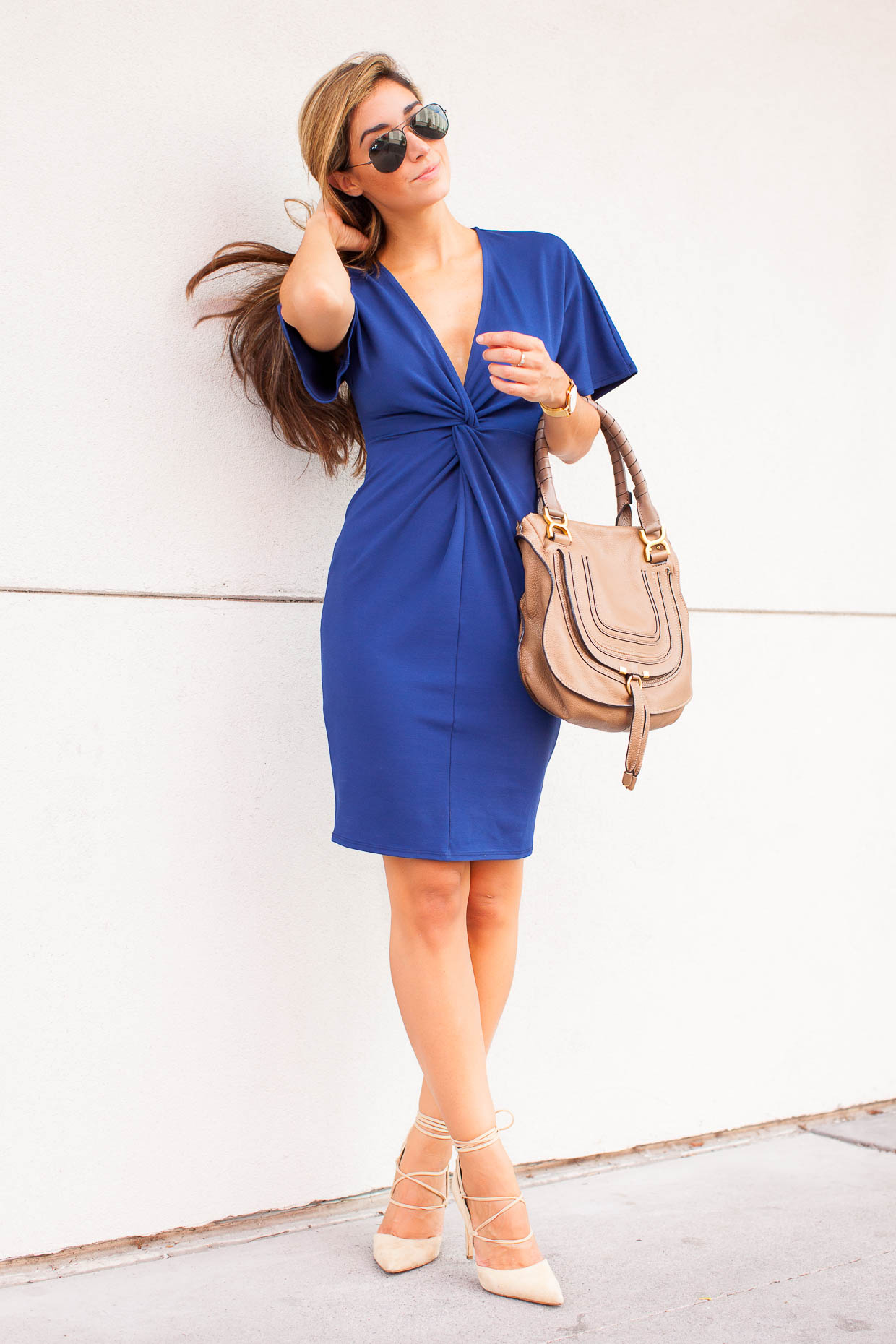 Fashion Blogger The Darling Detail is wearing a June & Hudson Front Knot Shift Dress, Sam Edelman Helaine Lace-Up d'Orsay Pumps, a Larsson & Jennings 'Lugano' Mesh Strap Watch, Ray-Ban 'Original Aviator' Sunglasses, and is holding the Chloe 'Marcie - Small' Leather Satchel.