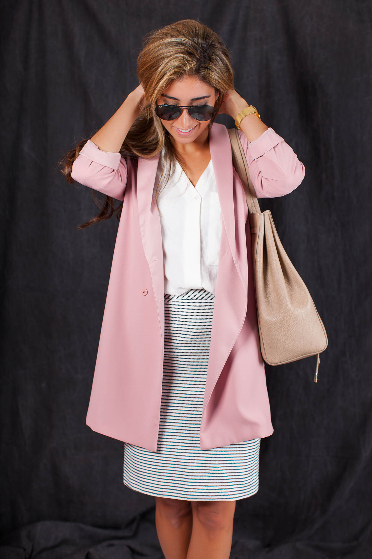 Fashion Blogger The Darling Detail is wearing a Topshop Slouchy Pocket Long Sleeve Blouse, a Halogen Welt Pocket Pencil Skirt, a Topshop Slouch Longline Blazer, a Larsson & Jennings 'Lugano' Mesh Strap Watch, and is holding a BP. Faux Leather Drawstring Tote.