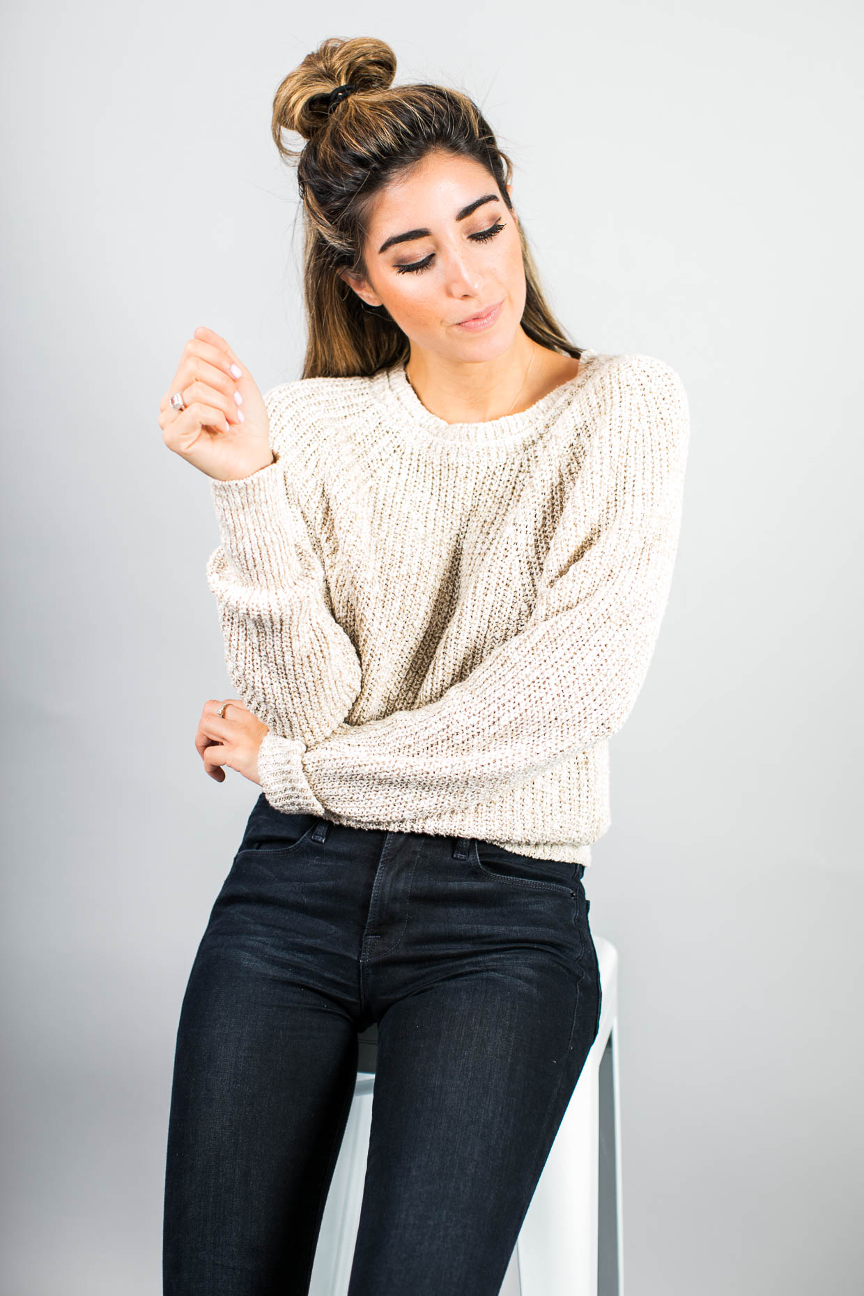 Fashion blogger The Darling Detail wears Free People Electric City Pullover Sweater, FRAME 'Le High Skinny' High Rise Crop Jeans (Sterling), Larsson & Jennings 'Lugano' Mesh Strap Watch, and Petite Albion Ring with Morganite and Diamonds