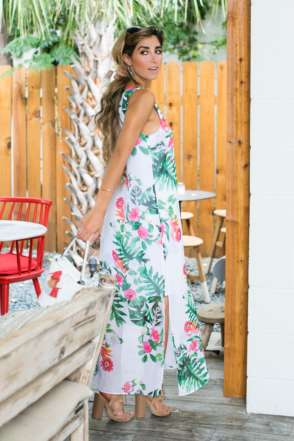 Fashion blogger The Darling Detail wears Vince Camuto Havana Tropical Maxi Dress